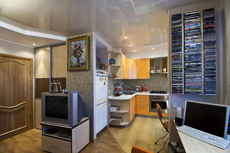 Для увеличения пространства в квартире можно соединить кухню с гостиной