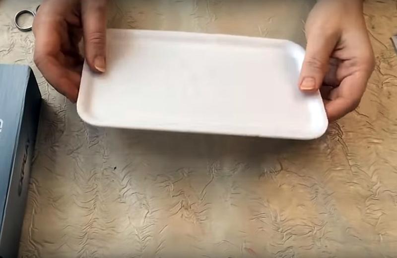 Как использовать поддон от упаковки с курицей