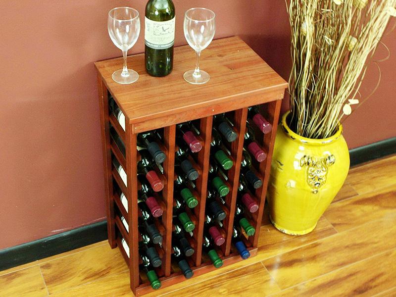 Напольный шкаф с множеством отделений для бутылок – удобный и практичный вариант