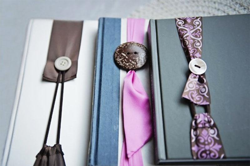 Дизайн закладки можно выбирать в соответствии с переплётом книги