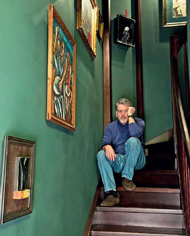 Взрыв эмоций и буйство красок в восьмиугольном уникальном доме Артемия Троицкого
