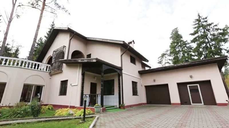 Николай Носков и его апартаменты