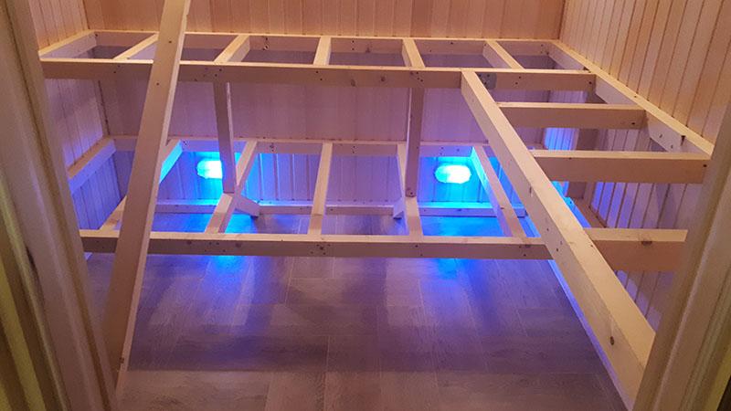 Можно установить ультрафиолетовые лампы, которые будут включаться после помывки