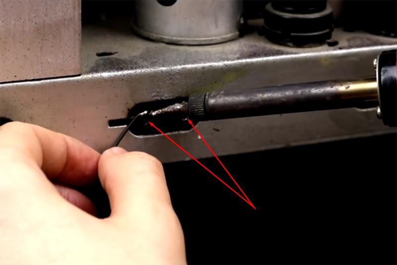 Провода от модуля припаиваются к разъёму усилителя