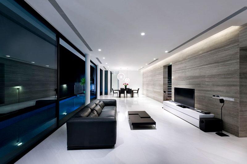Выбирайте мебель необычной формы. Складные столы и выдвижные шкафы – идеальное решение для стиля хай-тек