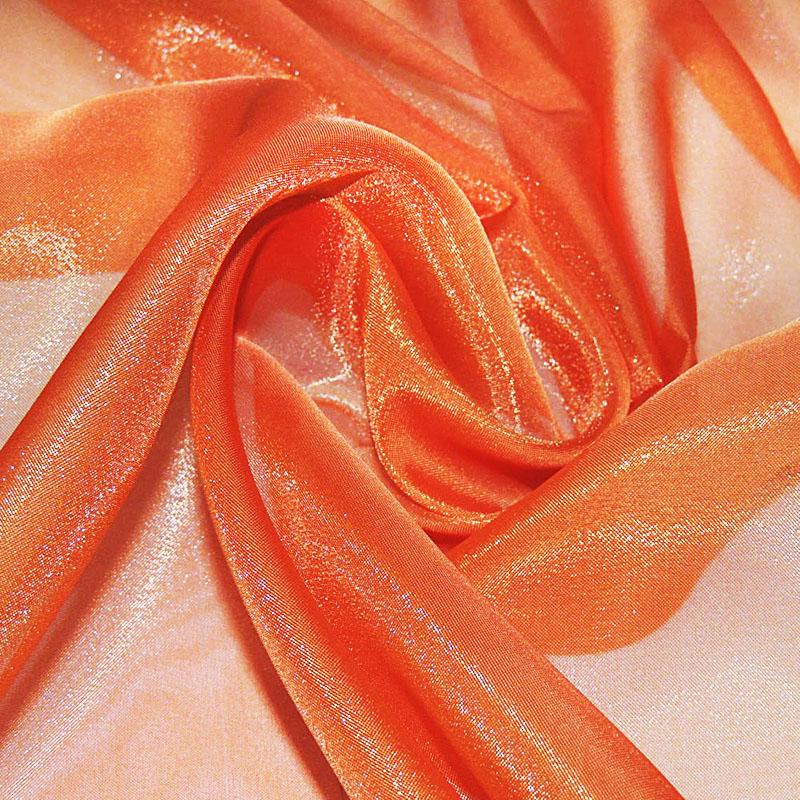 Капроновая ткань может не просвечиваться или же быть слишком тонкой. Такие варианты чаще подходят для костюмов, нежели для одежды