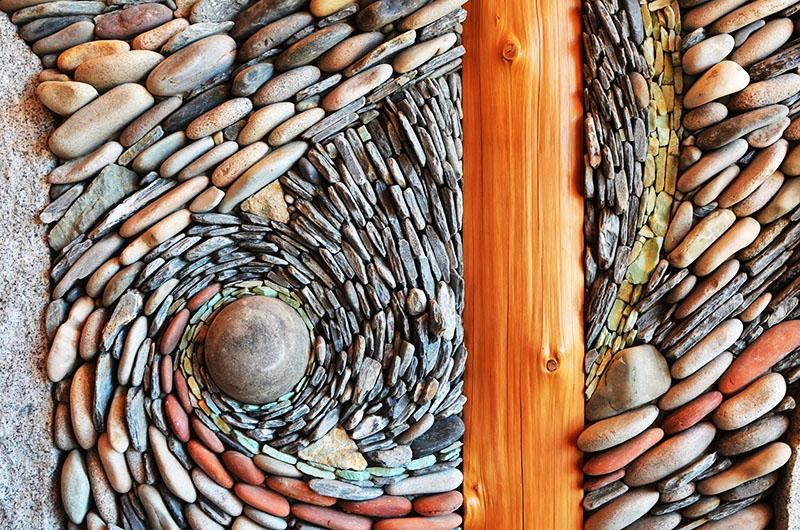 Обыкновенные речные камешки, а сколько красоты и загадочности