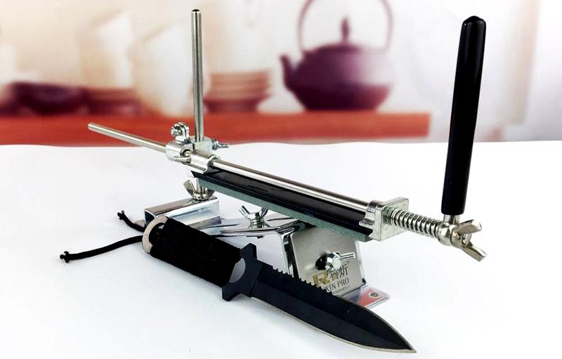 Модель с регулятором для тесаков