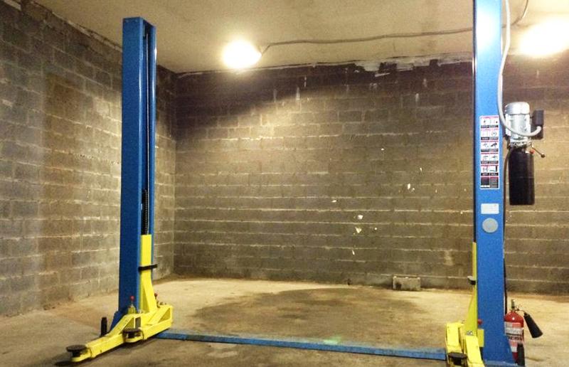 Подъёмник в гараже