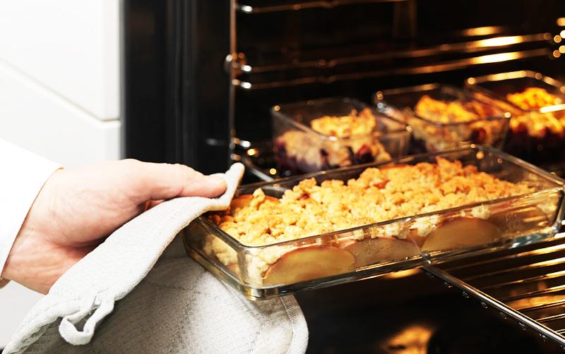 Размеры блюд: 9×7 см (3 шт.) и 24×11 см (1шт.)