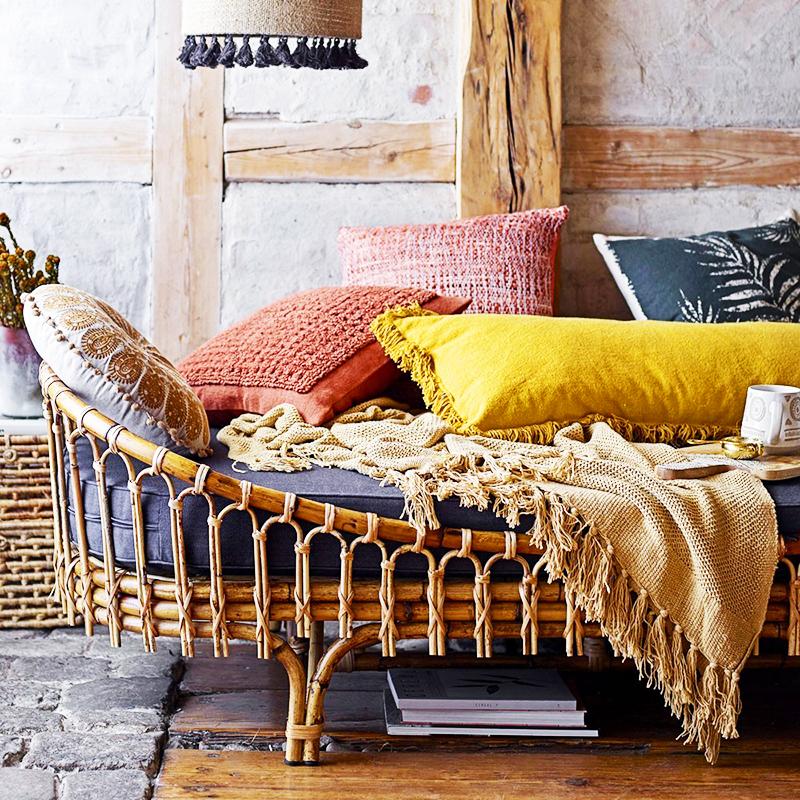 Топ-7 плетёных предметов мебели и аксессуаров