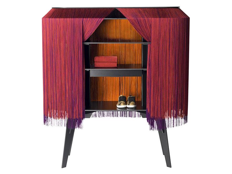 Барный кабинет Alpaga, украшенный бахромой как будто сошел с экрана фильма о Великом Гэтсби