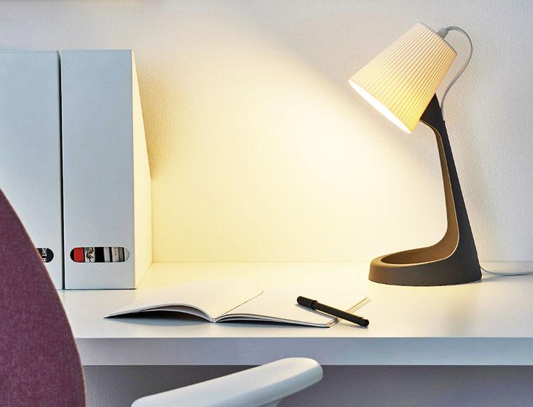В лампу подойдет шарообразный молочный светодиод E14