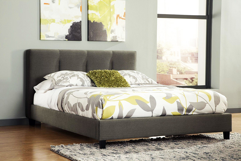 Выбирайте понравившуюся вам модель – с изголовьем или без него – и приобретите несколько самых больших комплектов постельного белья
