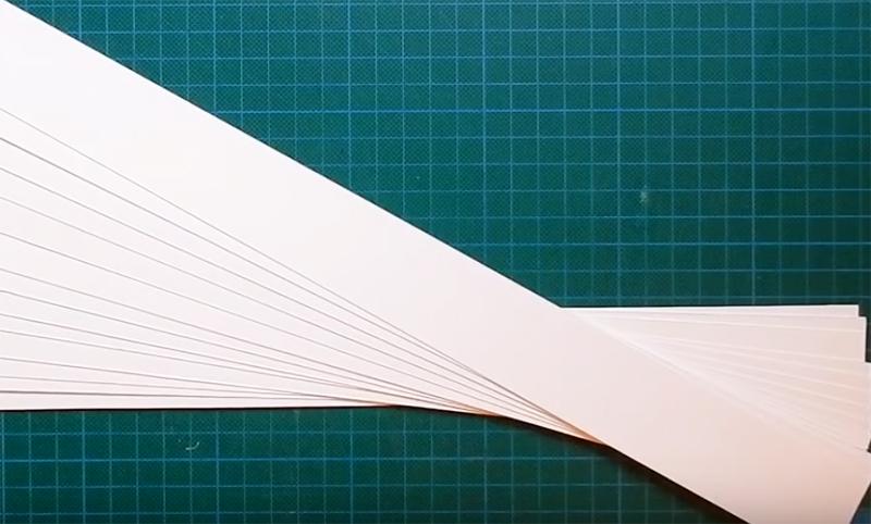 Листы А3 нужно разрезать на 13 полос шириной 3,6 см, из каждого листа у вас получится по 8 прямоугольников длиной 42 см