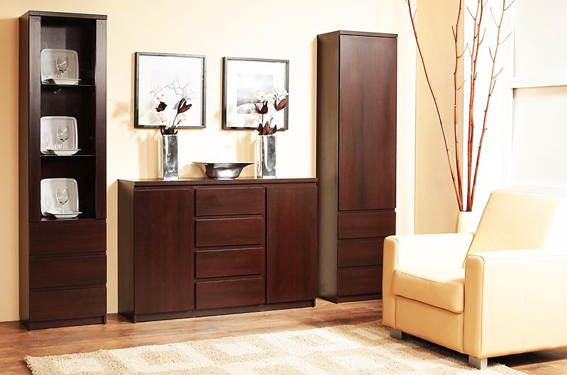Лучший вариант – приобретение комплекта мебели – комод и два небольших шкафа