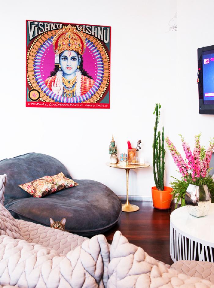 Как рационально использовать площадь: эффектные приёмы в интерьере квартиры дизайнера Маши Цигаль