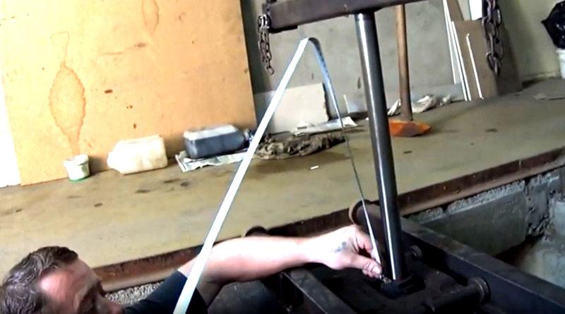 Подъём опорной балки с помощью гидромеханизма