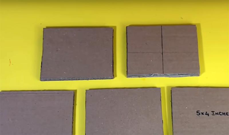 Вам нужно приготовить пять таких небольших заготовок, на каждую из которых уйдёт по 3 куска картона, то есть придётся вырезать всего 15 заготовок