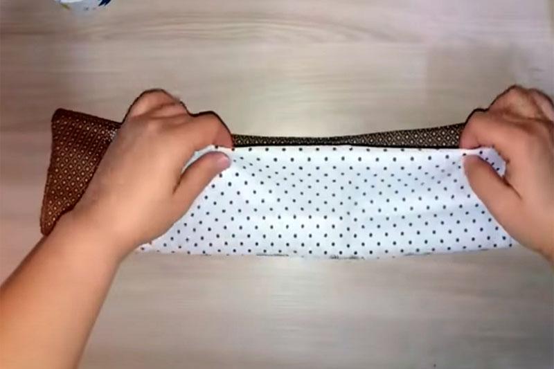 Наиболее оптимальный вариант укладки ткани для изготовления маски