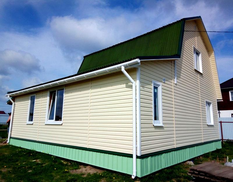 Дизайн меняется в зависимости от формы самого здания. Если вы хотите получить стильный современный дом, используйте дополнительные пристройки и уровни