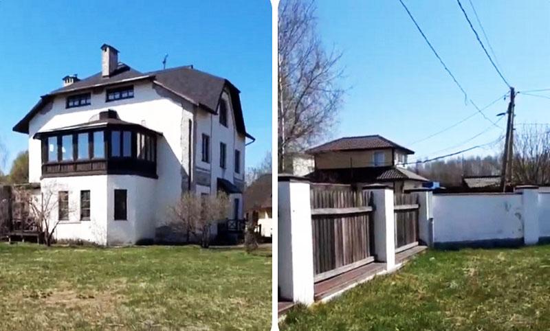 Так как Мария Голубкина несколько лет пытается продать дом, на участке растёт только газонная трава