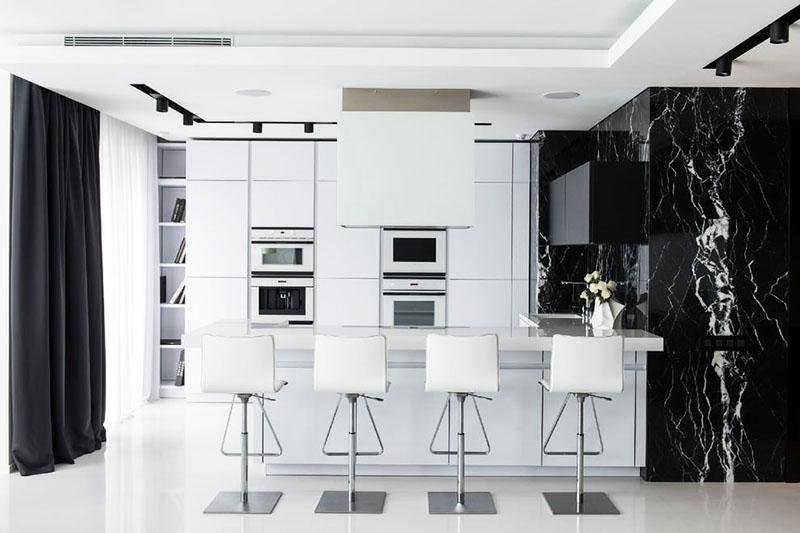 Кухня хай-тек в чёрно-белой гамме