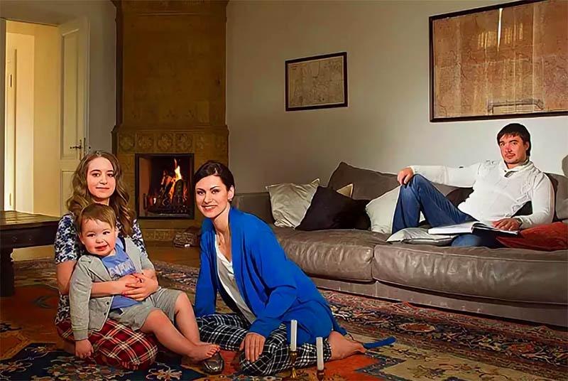 Как живёт знаменитый следователь Мария Швецова: интерьер квартиры и дачного домика Анны Ковальчук