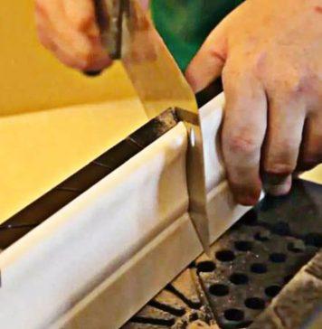 Чем и как резать пластиковый плинтус
