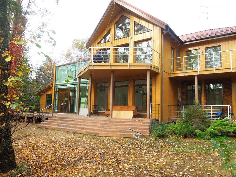 Газманов и его огромный дом
