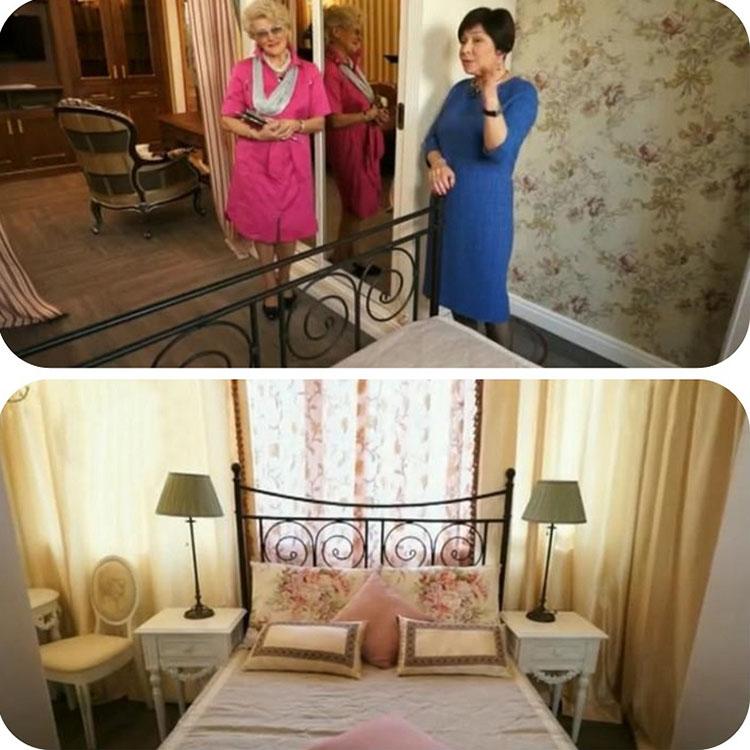 По обе стороны кровати поставили изящные прикроватные тумбочки на высоких ножках