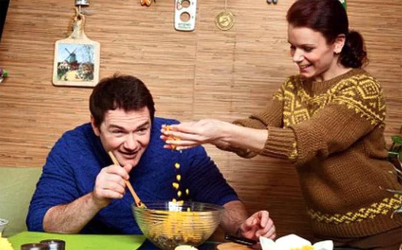 Невероятно уютный домик знаменитых фигуристов Алексея Тихонова и Марии Петровой
