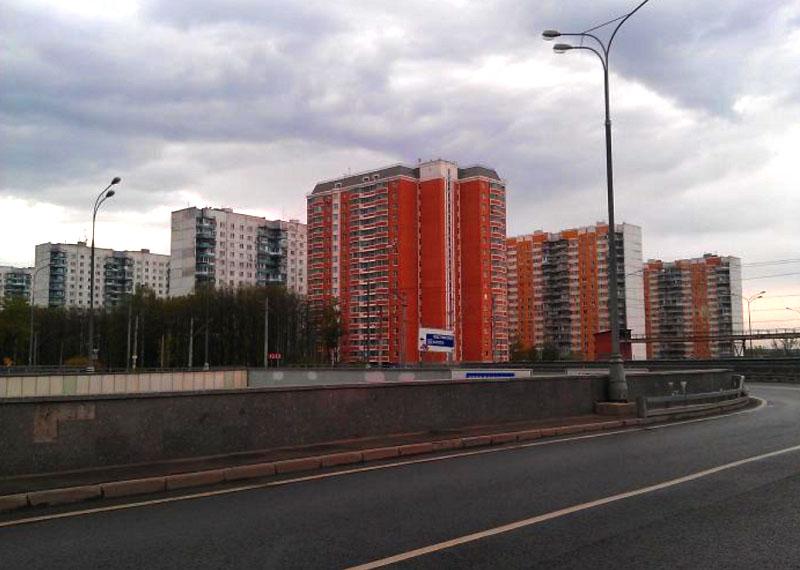 Первая московская квартира Алексея и Марии расположена в одной из многоэтажек во Внуково