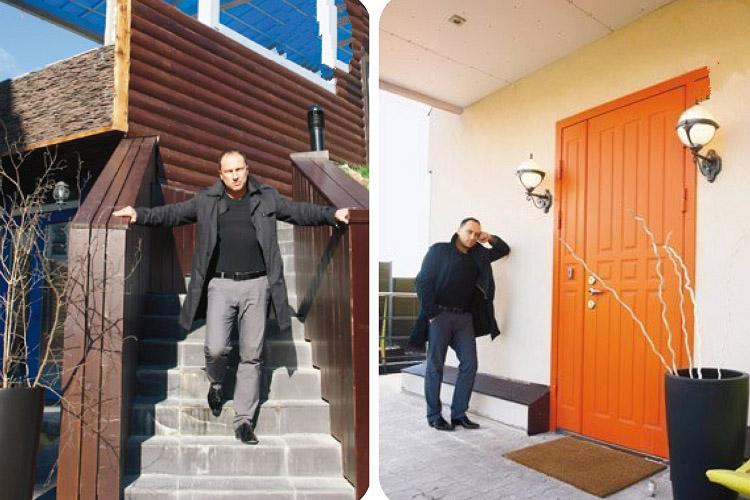 Входная дверь ярко-оранжевого цвета смотрится оригинально