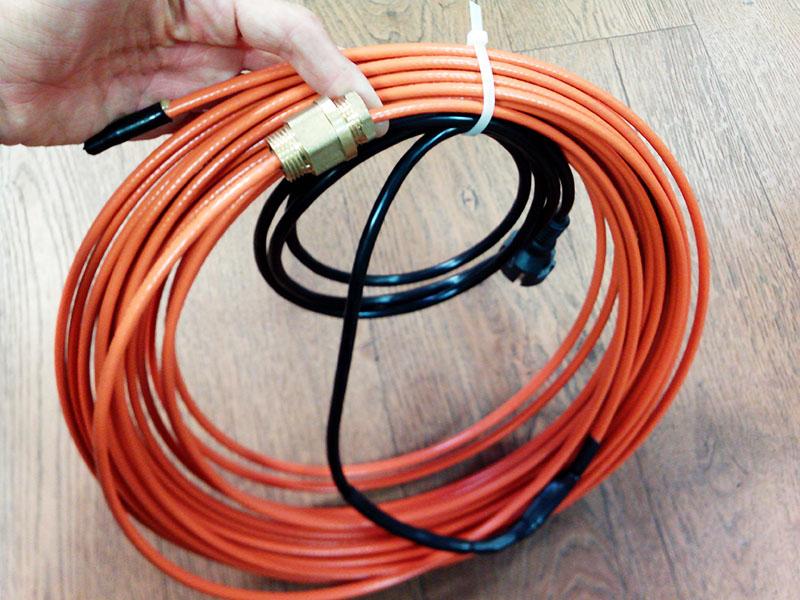 Хорошо, если под рукой есть подобный прогревочный кабель заводского производства