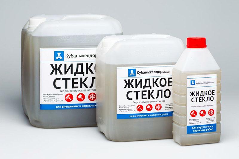 Жидкое стекло, добавленное в раствор, предотвратит его растрескивание