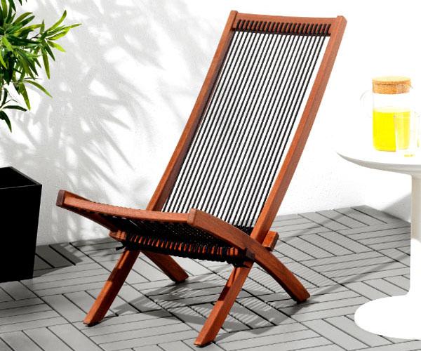 Мебель лучше беречь от прямых солнечных лучей и избегать её перегрева