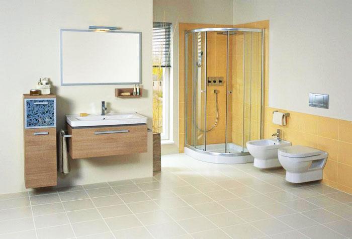 Туалетная комната в современной большой квартире