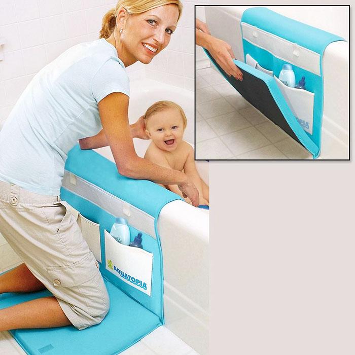 Мягкий поролон защитит колени, а непромокаемая обшивка – пол в ванной