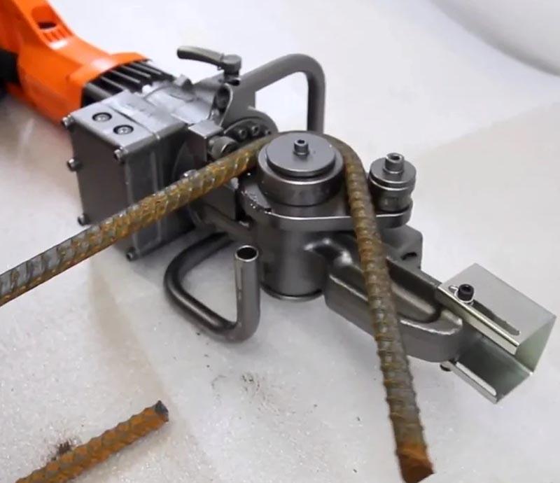 Инструмент для работы с арматурой