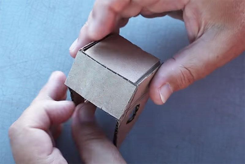 Последний элемент остова домика – это боковые стенки