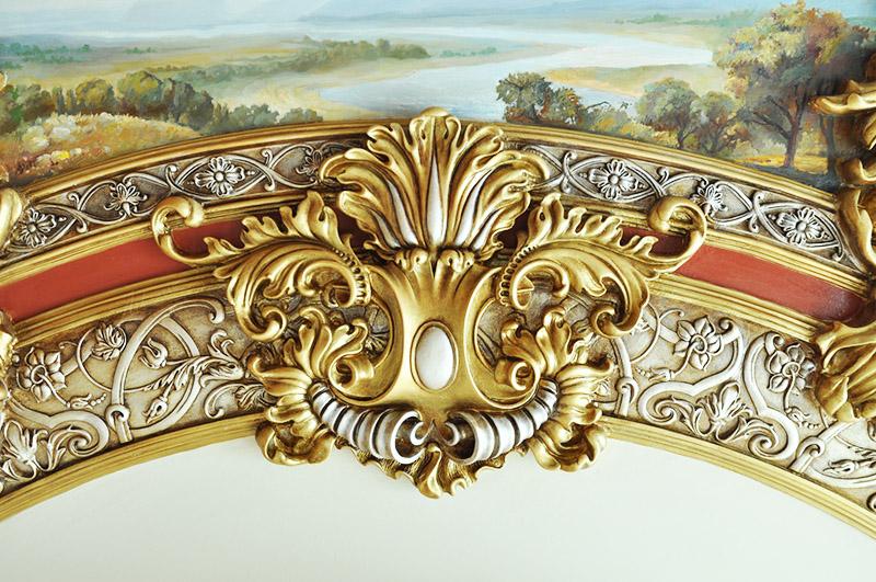 Для барокко тоже характерна позолота и растительная стилистика