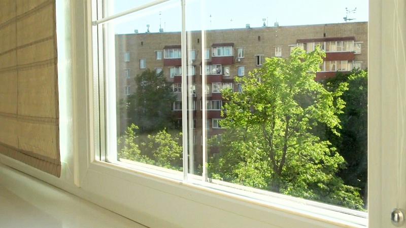 Роскошно жить не запретишь: как оформлены загородный дом Екатерины Стриженовой и квартира её мамы
