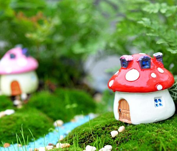 Уютный домик для эльфа либо грибок с милым животным – выбирайте сами!